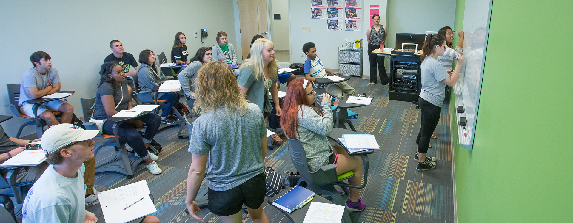 Students in a Vol State class in Gallatin.