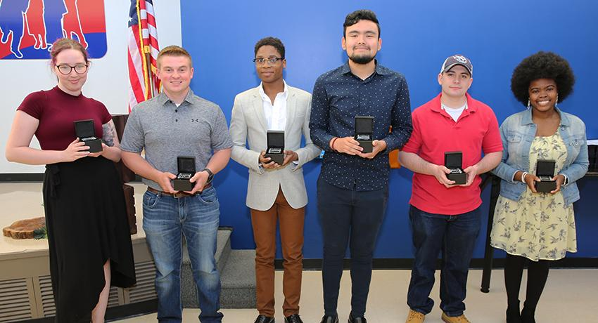 Vol State OUTSTANDING GRADUATE SPRING 2019 NOMINEES